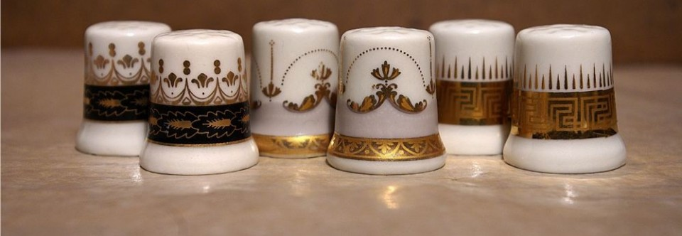 Naparstek porcelanowy